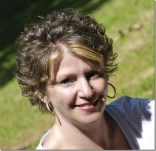 Liatris Hair Design stylist